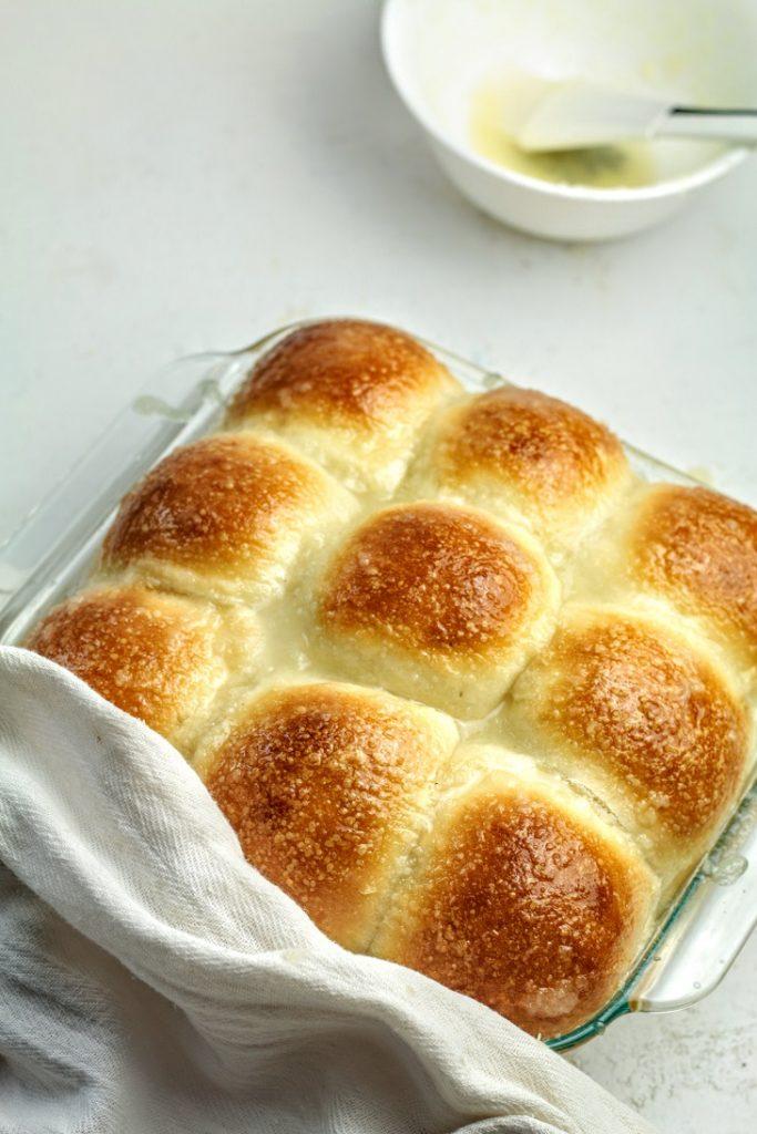 baked Hawaiian rolls