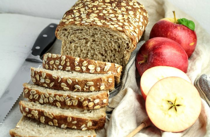 apple oats sourdough