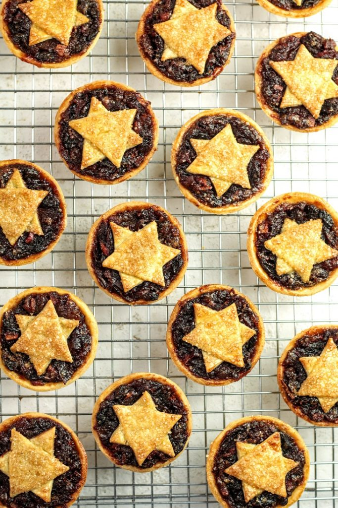 cool the mince pies completely