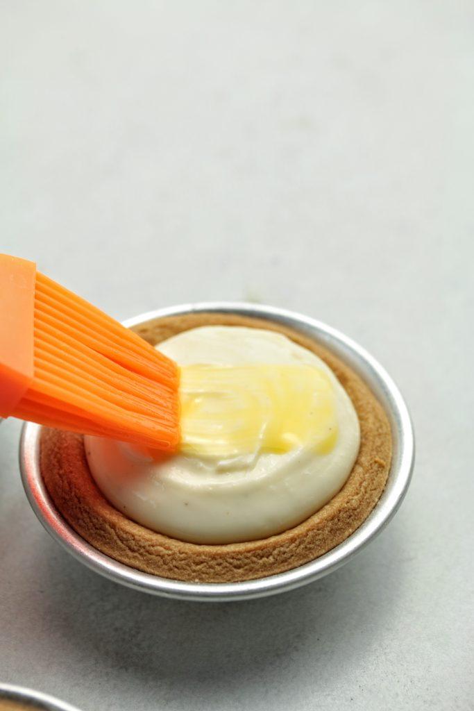 apply egg wash