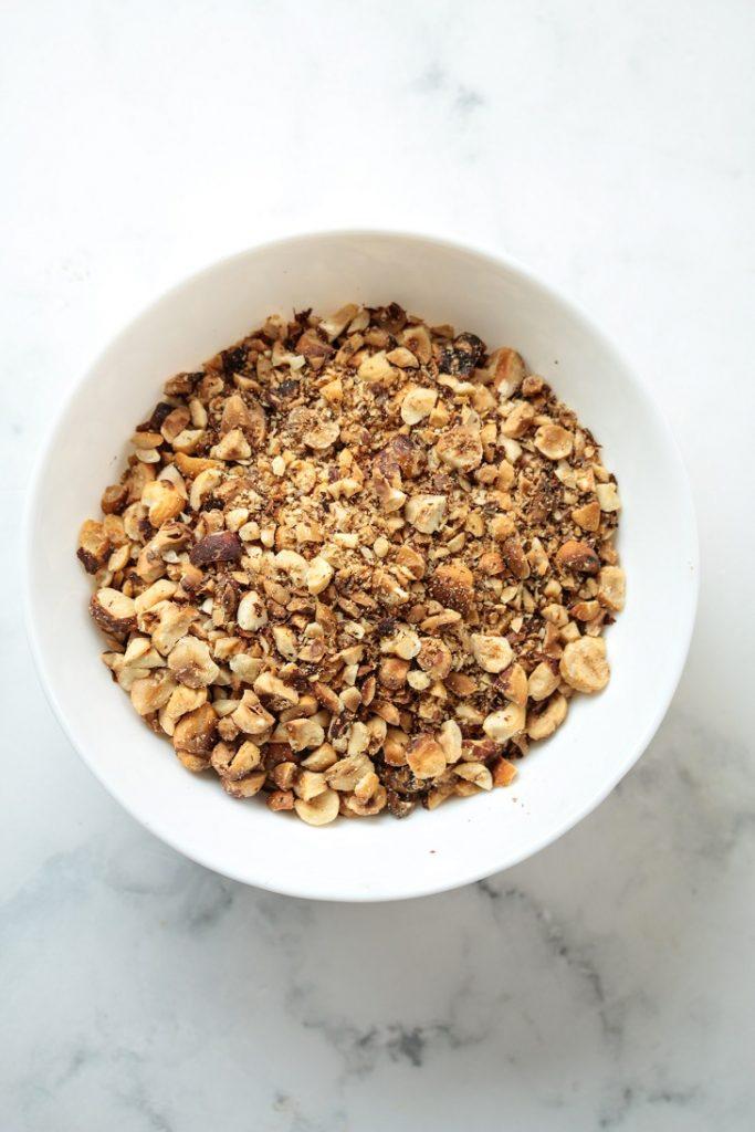 toasted chopped hazelnuts