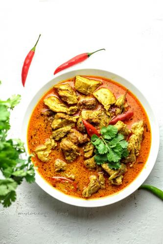 Sri Lankan Style Chicken Red Curry